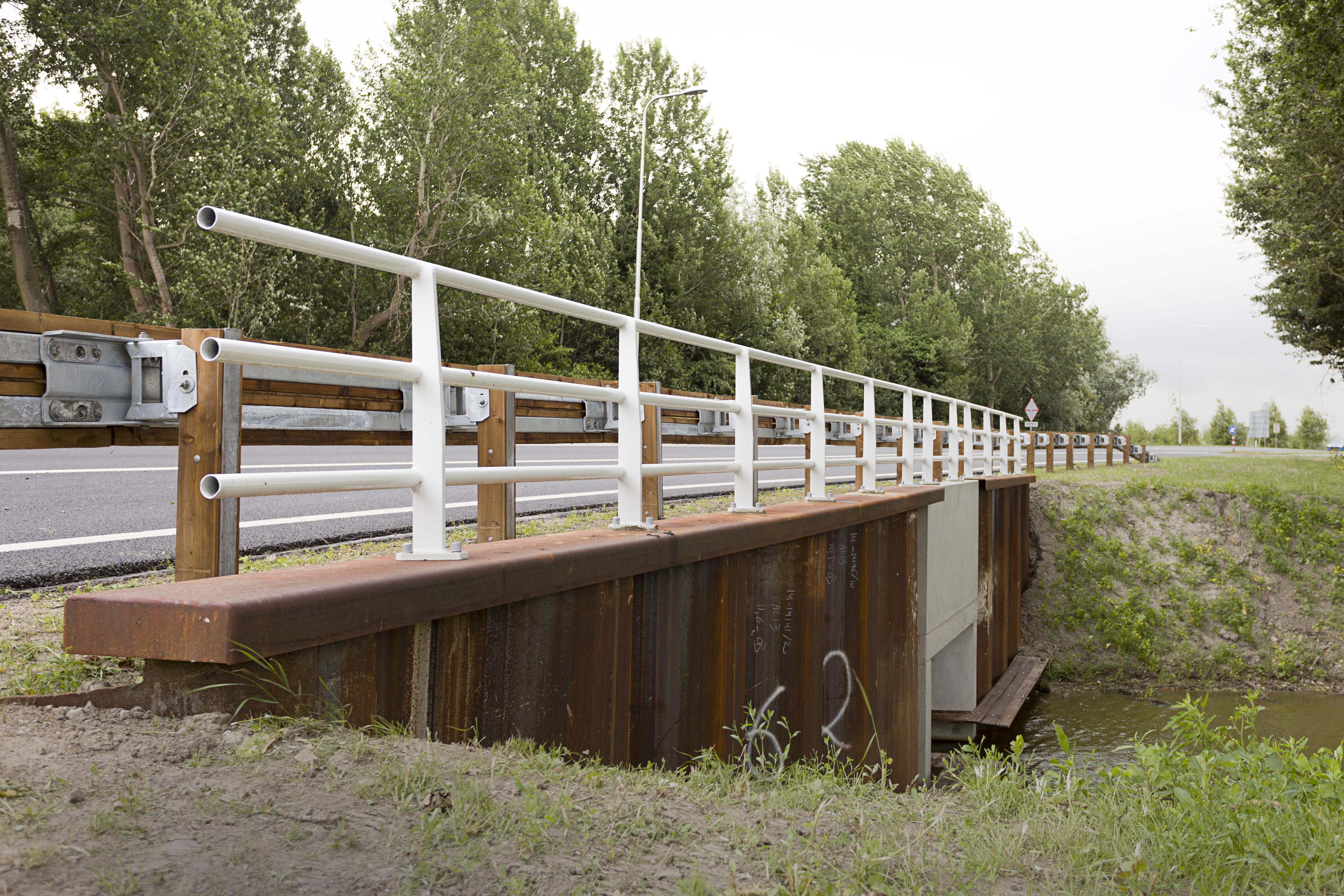 White steel bridge railings on the N218 at Brielle - Steel ...