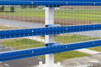 Steel Safety Railing with mesh