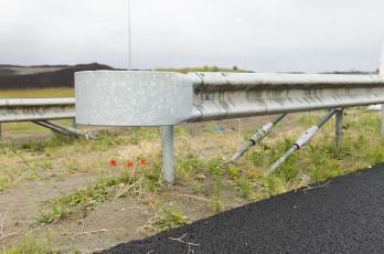 Verankering voor geleiderailconstructies
