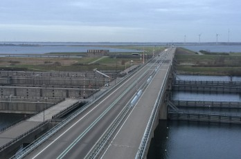 Complete step barriers for new bridge at the Krammersluizen (Philipsdam)