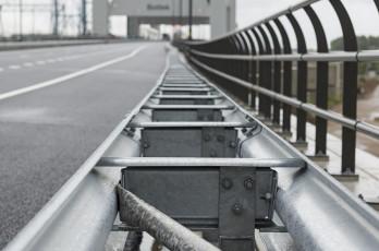 Afstandhouders voor geleiderail